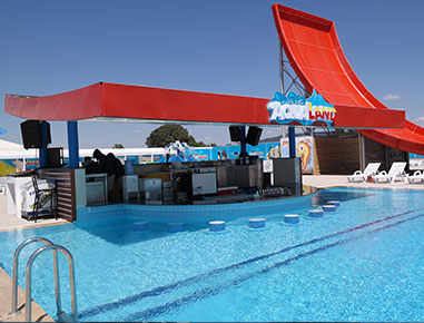 Aqualand havuz bar.